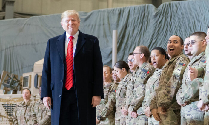 Trump Afghan Thanksgiving 700x420
