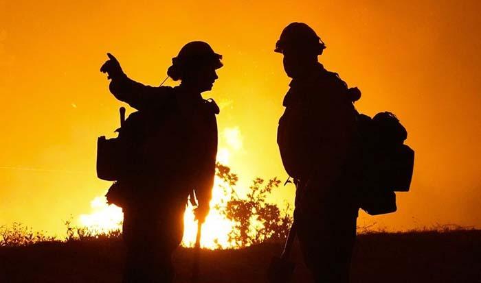 Gender-reveal pyrotechnic sparked massive El Dorado fire