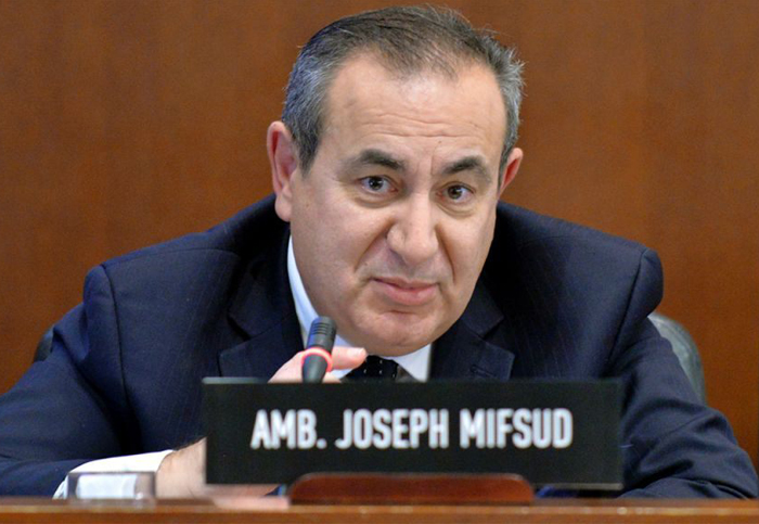 Mysterious Maltese professor denied making offer to Papadopoulos, new docs show
