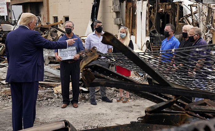 Trump tours site of Kenosha riots, promises to help businesses rebuild