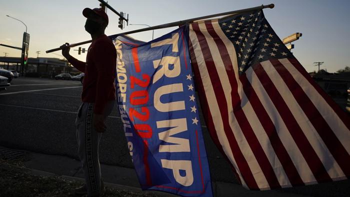 Election betting odds flip in Trump's favor